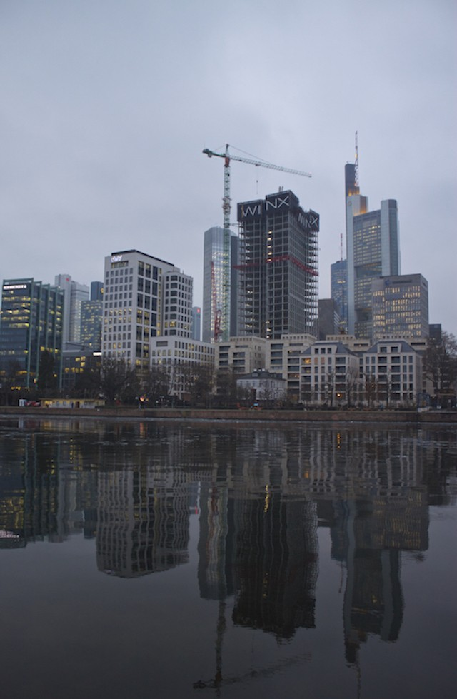 Frankfurt Photos - Skyscraper Reflections Main River