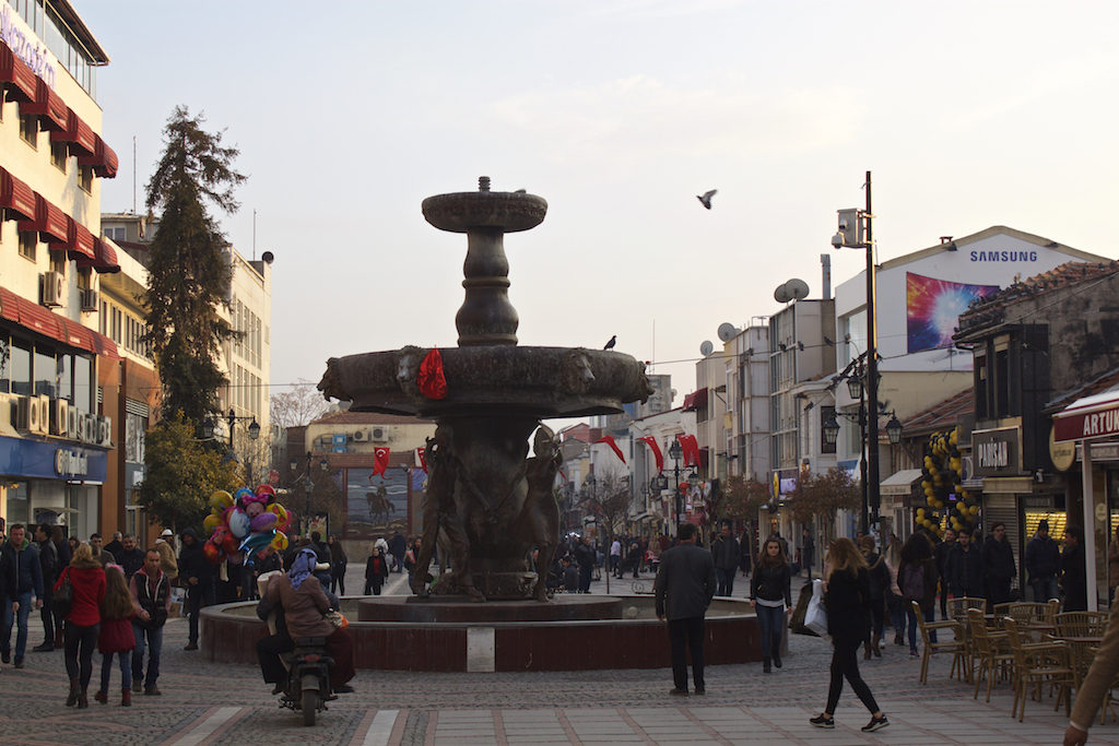 Things To Do in Edirne Turkey - Fountain Main Square