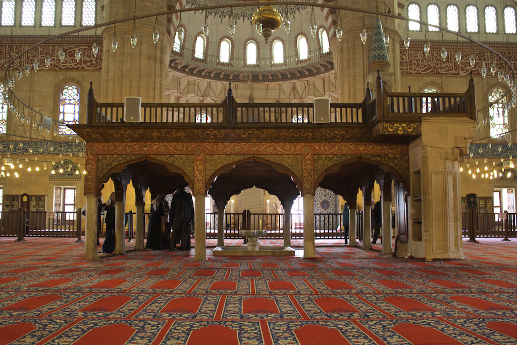 Things To Do in Edirne Turkey - Selimiye Mosque Interior