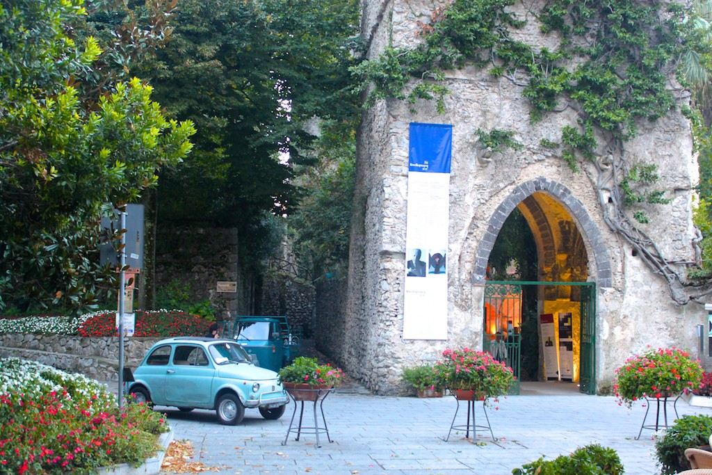 Amalfi Coast Photos - Ravello Cars