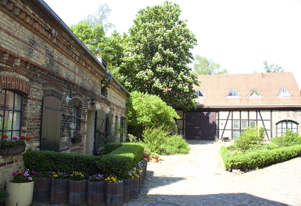 Berlin Walking Food Tour - Rixdorf Courtyard