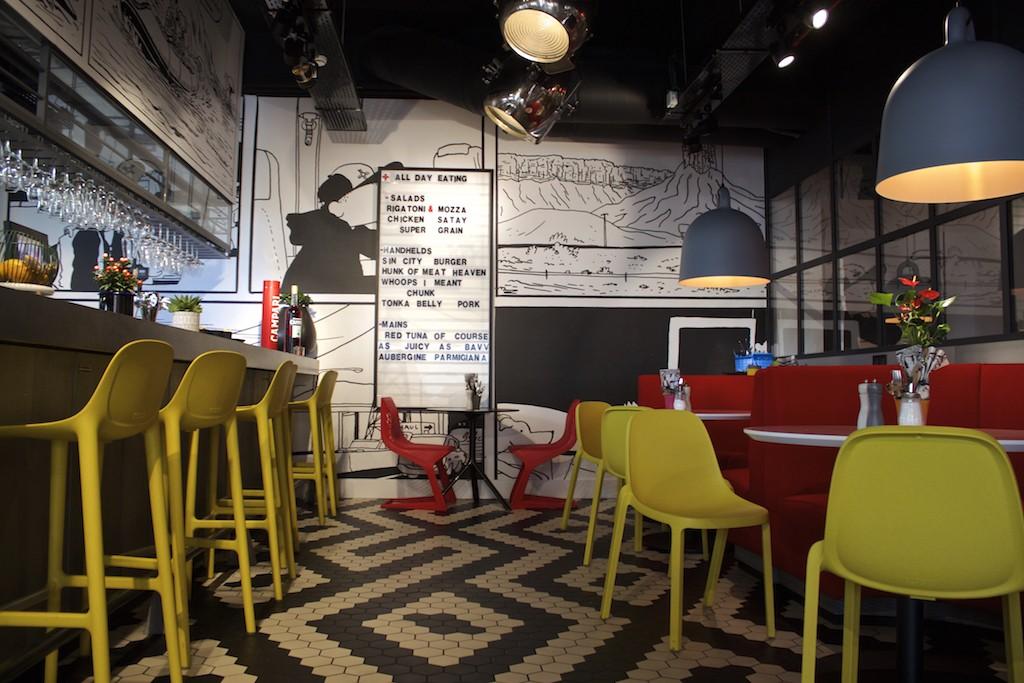 Radisson RED Brussels - OUIBar + KTCHN Interior