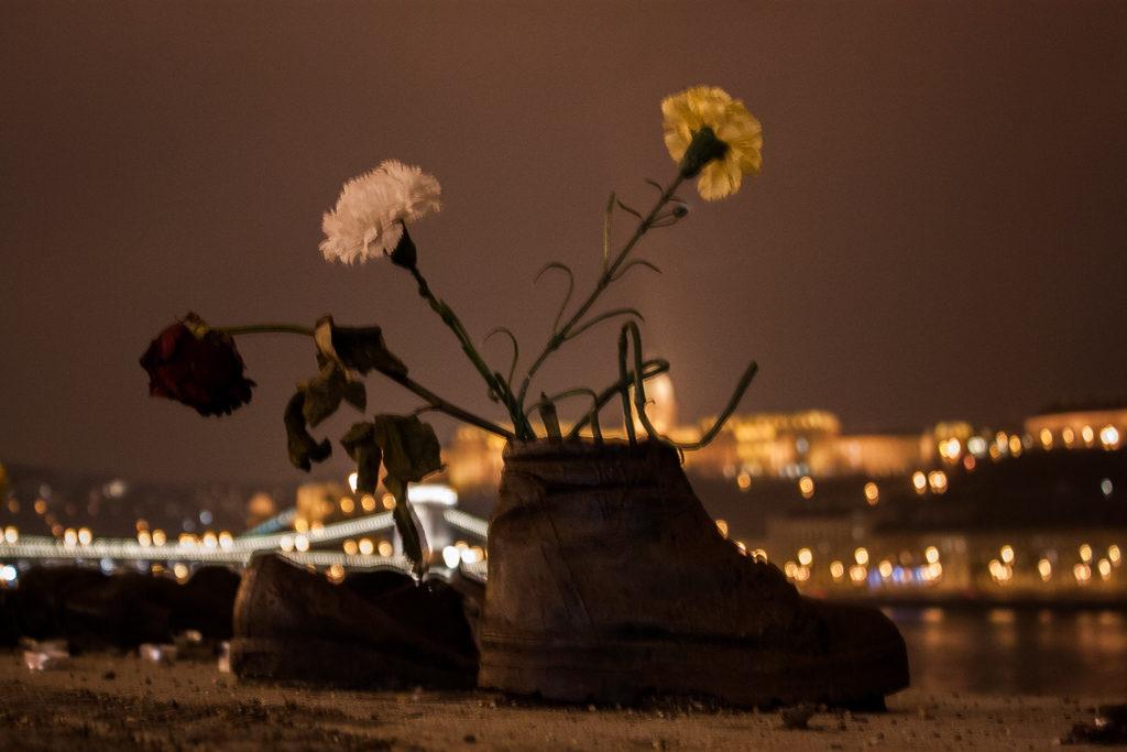 Weekend in Budapest - Danube Bank Memorial