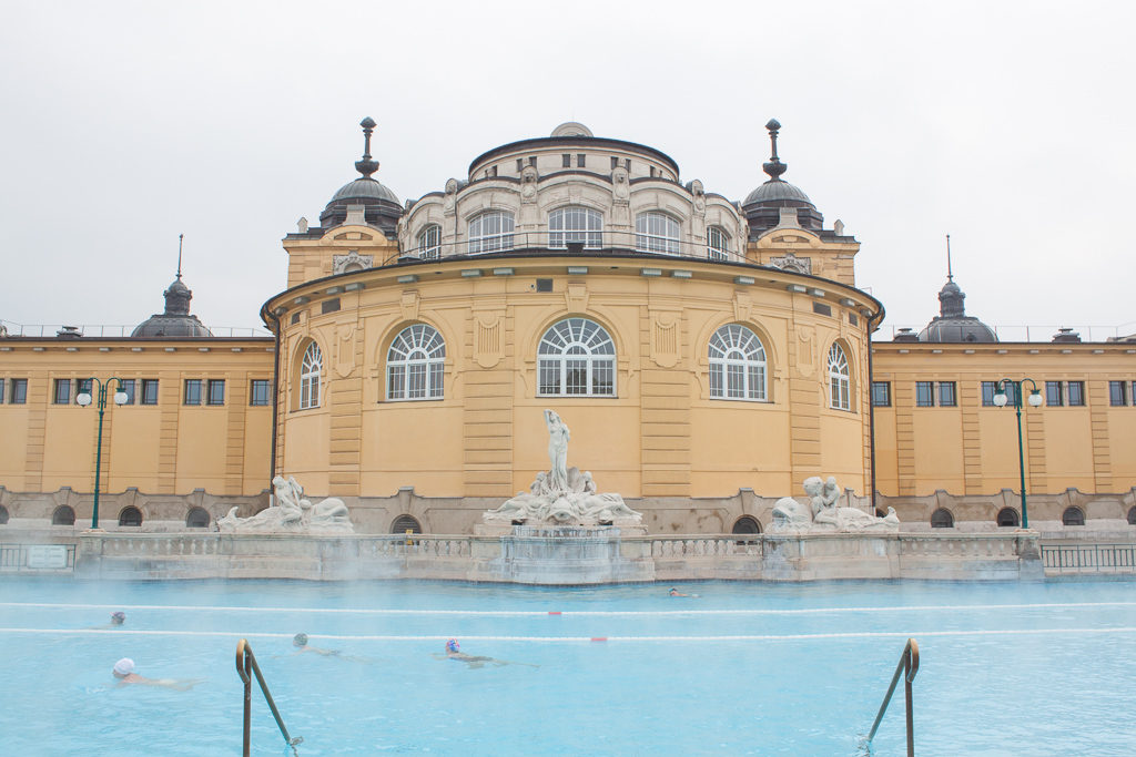Weekend in Budapest - Széchenyi Baths Big Lap Pool Cold