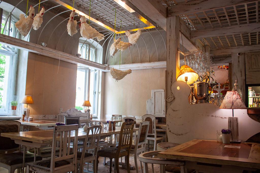 Poznan Restaurants - Ptasie Radio