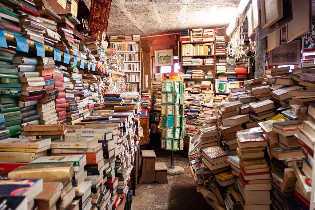 Libreria Acqua Alta Venice Italy Books