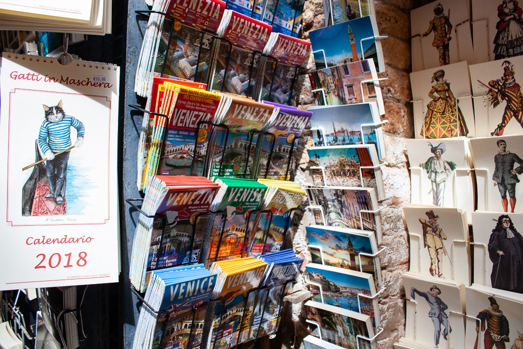 Libreria Acqua Alta Venice - Maps & Postcards