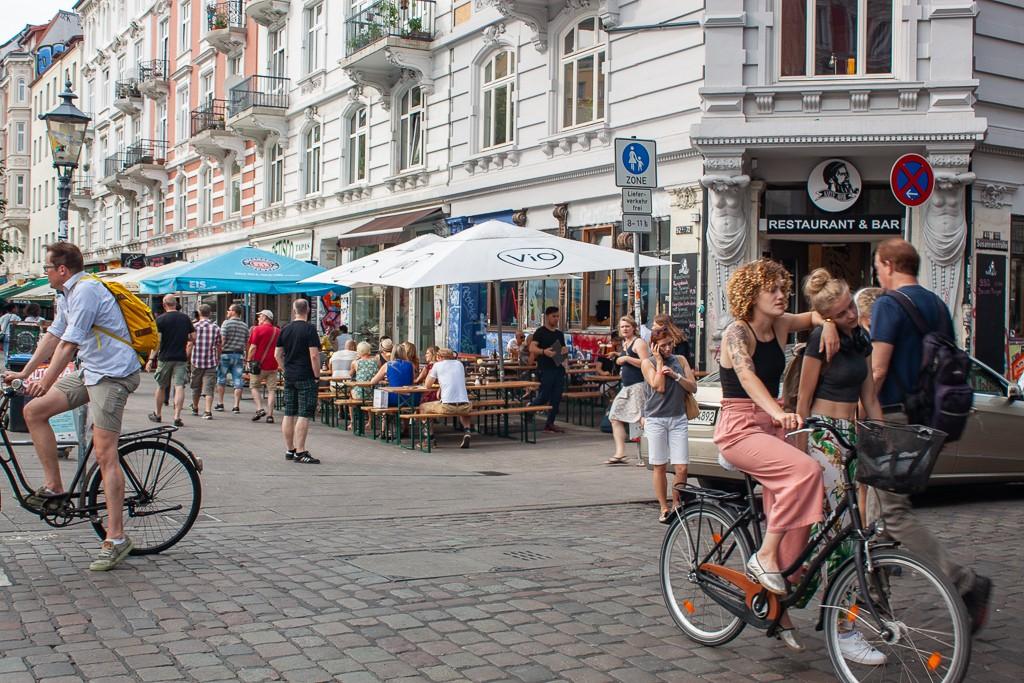 Hamburg Schanzenviertel - Girls on Bike