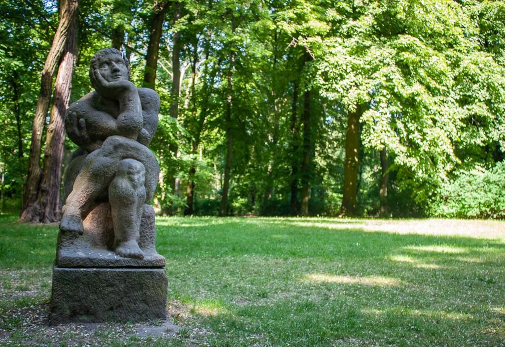 Schlosspark Biesdorf Berlin Statue