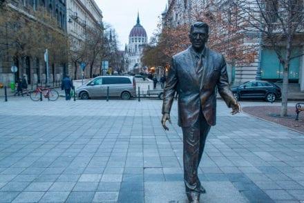 Ronald Reagan Statue - Budapest