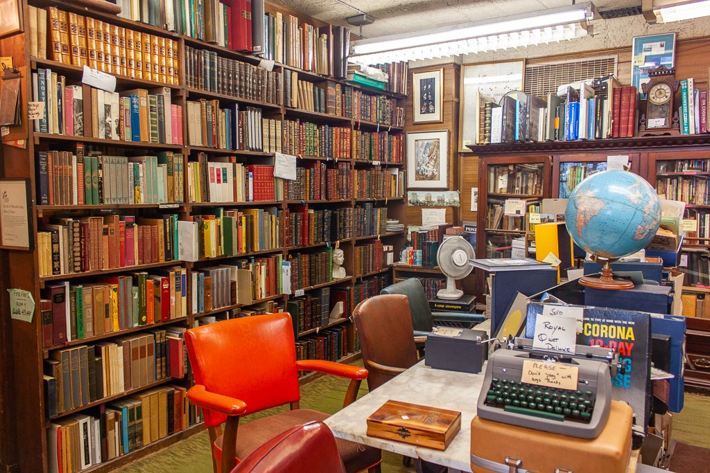 Detroit Bookstores - John K. King Used & Rare Books Reading Nook