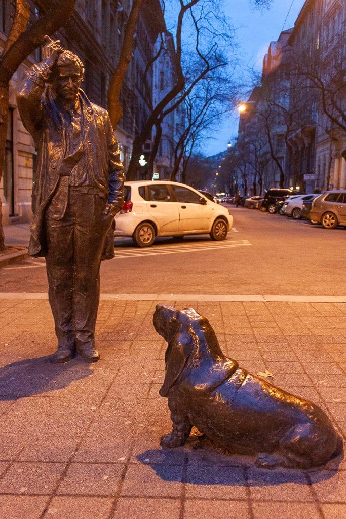 Budapest Columbo Statue