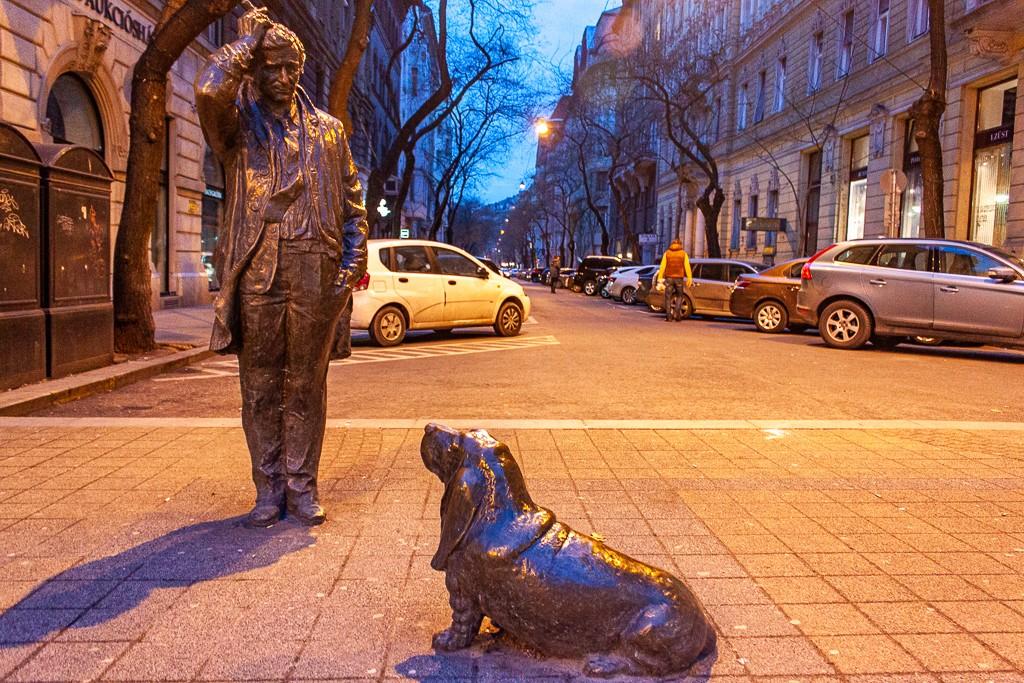 Columbo Statue in Budapest