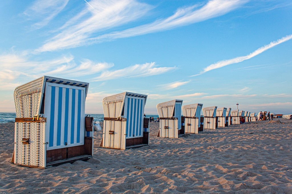 Warnemünde - Beach Chair Army