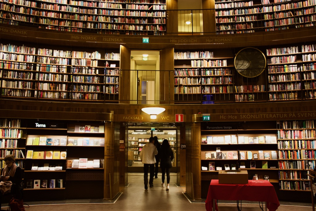 Stockholm Public Library - Open Shelving System