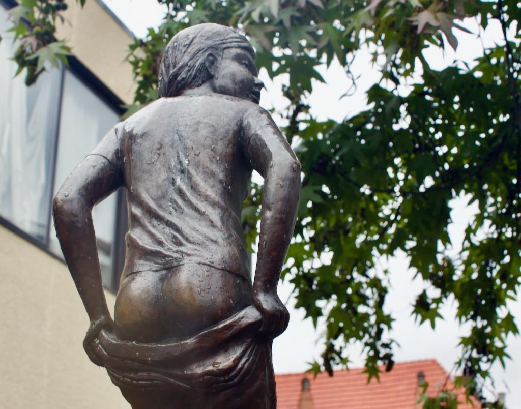 Den Deugniet Antwerp - Header Image