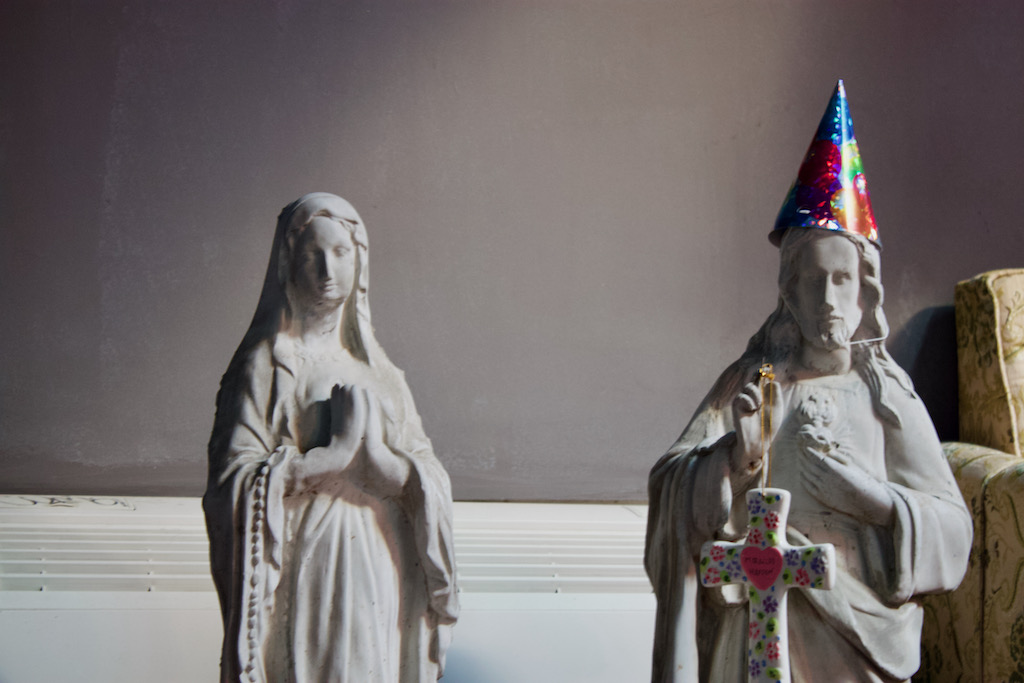 Romanian Kitsch Museum - Mary and Jesus Party