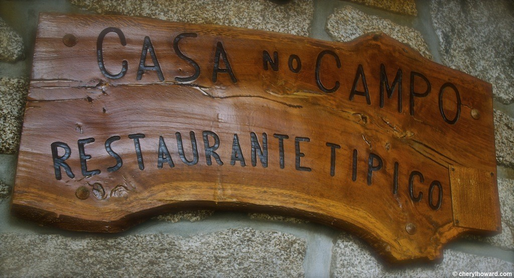 Restaurant Casa No Campo - Sign