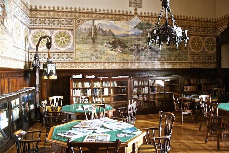 Restaurant Casa do Alentjo Lisbon Interior