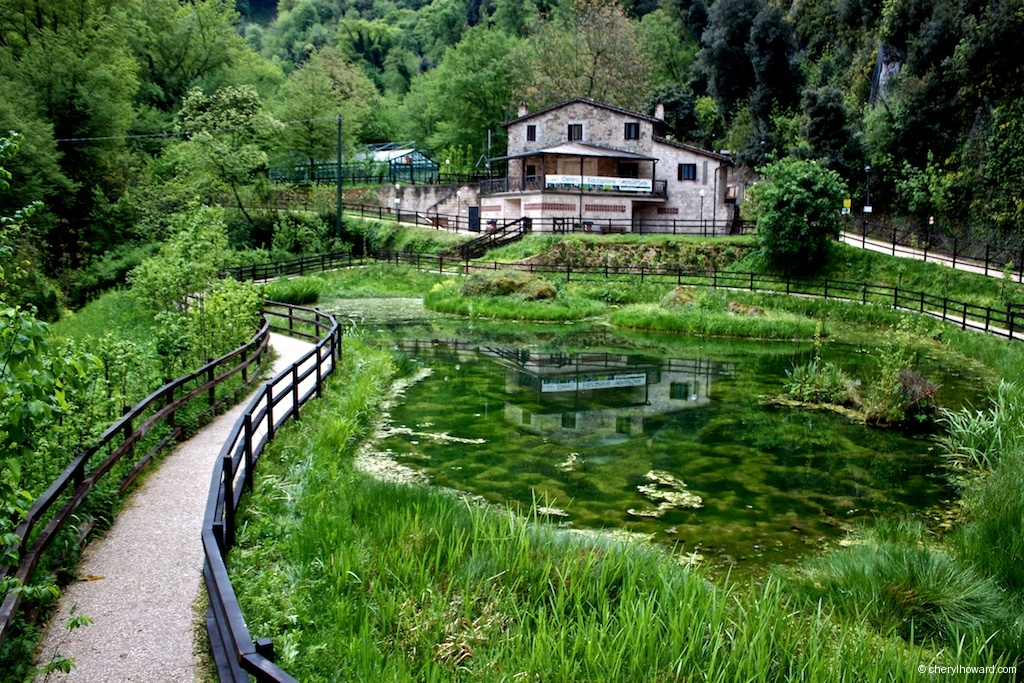 Marmore Waterfalls Italy Resting Place