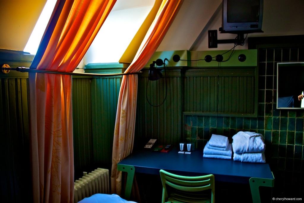 One Star Room Lloyd Hotel