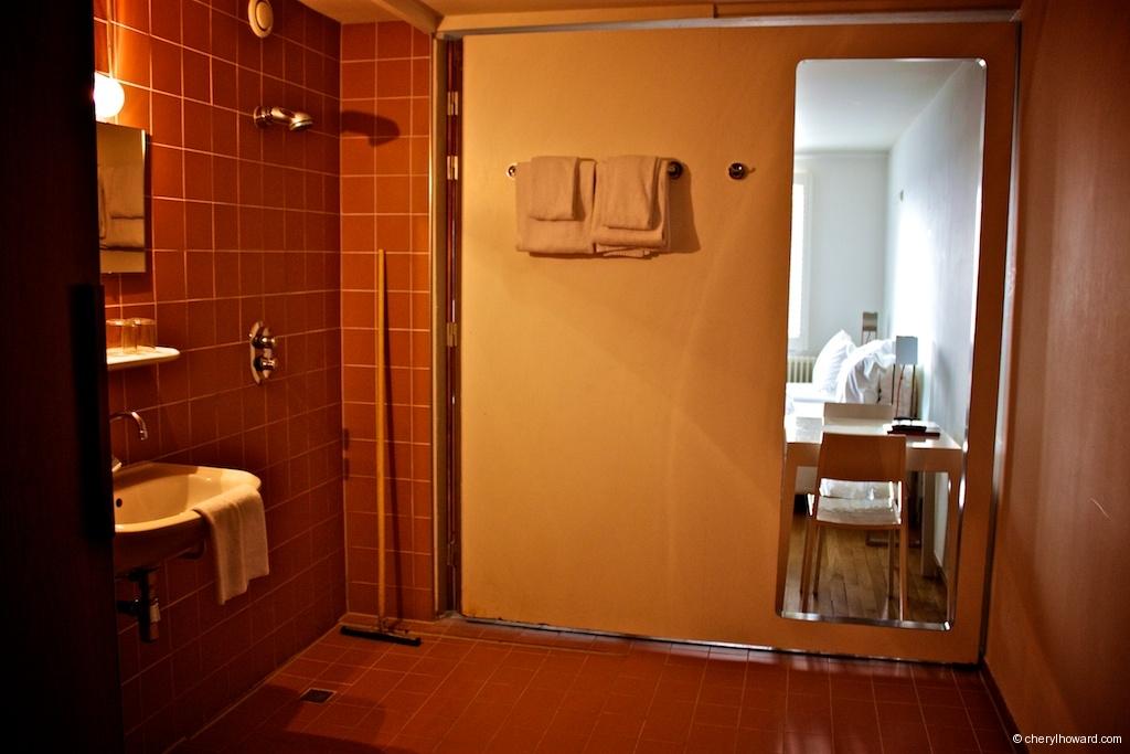Three Star Room With With Fold Away Bathroom