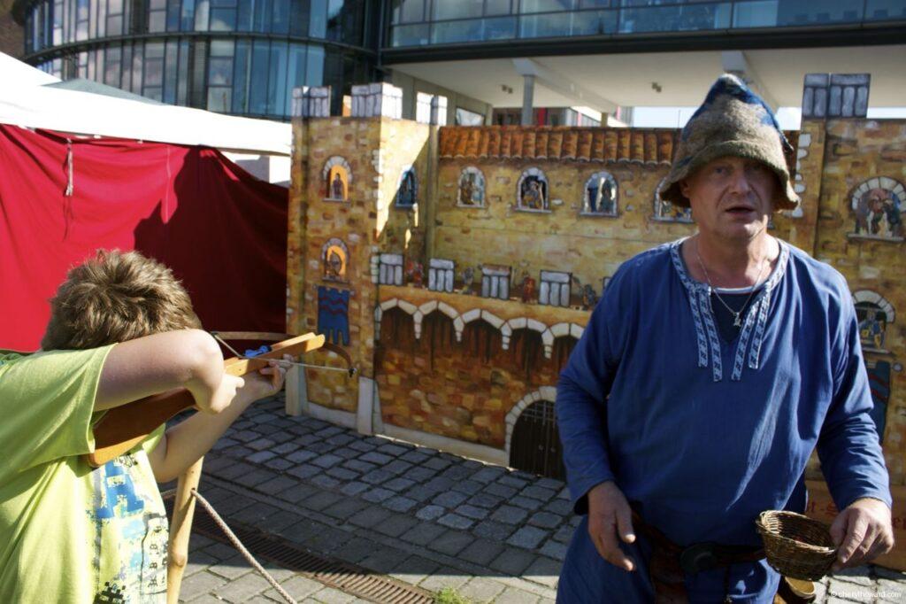 Hanse Sail In Rostock Market - Shooting Games